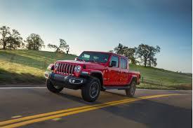 2020 Jeep Gladiator Vs 2019 Toyota Tacoma Compare Trucks
