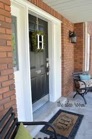 painting front doorHow to Paint a Door