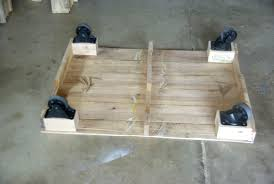 DIY Pallet Furniture 20 Things You Can Do With Pallets  99 PalletsPallet Coffee Table On Wheels