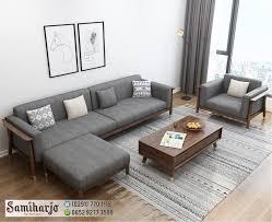 Jika anda menginginkan desain ruang keluarga minimalis yang unik, maka yang satu ini bisa menjadi pilihan. Kursi Kayu Santai Ruang Keluarga Sentoria