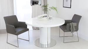 extending 4 to 6 seater white gloss dining table