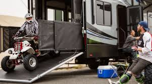 must have features before you toy haulers rv lifestyle news tips trickore from rvusa