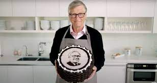 The friend everyone wants! Bill Gates bakes cake for Warren Buffet's 90th  birthday, shares video