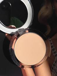 pur cosmetics 4 in 1 pressed powder mineral makeup in light neversaybeauty