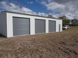 Design Garages West Gosford Surfmist And Basalt Zincalume Roof In 2020 House Exterior