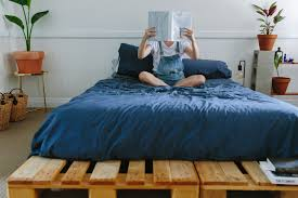 Pallet Bedroom Diy Pallet Bed A Pair A Spare