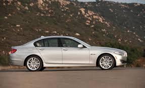 Photos: 2011 BMW 550i