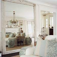 fake extra square footage with mirrors