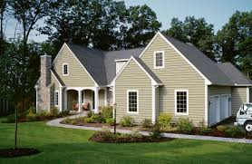 Light Green Vinyl Siding On Contemporary Home Beautiful Homes - Exterior vinyl siding