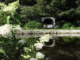 Romantic Cottage Gardens