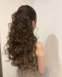 平原さんのヘアスタイル 前髪あげてハーフアップ Tredina