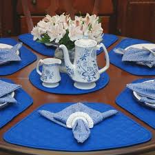 wedge placemats for round tables stunning table decorations in blue hum ideas wedge table placemats wedge placemats for round tables