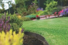 20 flower bed and garden edging ideas