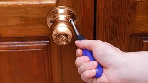 Como retirar chave quebrada da fechadura ! Saiba Como Tirar Chave Quebrada Da Fechadura E Outras Dicas Revista Selecoes