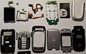 What's inside: Motorola V360 from 2005 ...