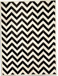 black and white chevron rug 5x8