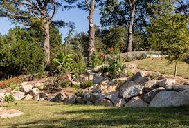 retaining walls and natural stone 3