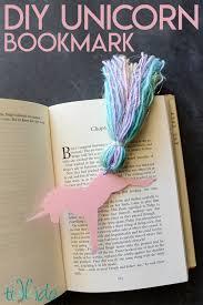 unicorn bookmark favor tutorial