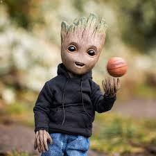 Wallpaper Groot Playing Basketball