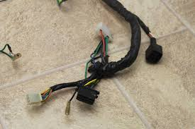 2009 kymco super 9 50 oem both main engine wiring harness motor 2009 kymco super 9 50 oem both main engine wiring harness motor wire loom clips 3 3 of 11