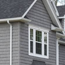 this listing is for staggered shake vinyl siding a square covers a x area