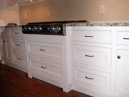 cabinet pulls placement. Drawer Pull Placement Cabinets Without Hardware Shaker Kitchen Door Handles On Style Cabinet Pulls P