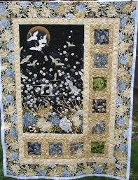 Best 25+ Asian quilts ideas on Pinterest | Japanese quilts, Fabric ... & Gorgeous asian quilt Looks like the popular SIDELIGHTS quilt pattern! Adamdwight.com