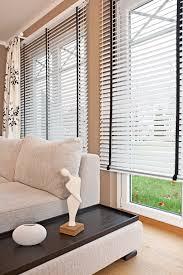Sichtschutz Im Wohnzimmer Moderne Plissees Gardinen Und Rollos Avec