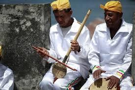 Inilah informasi mengenai alat musik gesek tradisional disertai dengan gambar dan penjelasannya. Contoh Alat Musik Gesek Disertai Gambar Dan Video Kependidikan Com