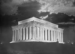 lincoln memorial at night black and white. lincoln memorial at night black and white