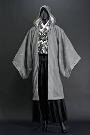 遂に和服の上に着る新作パーカも発表京都の男着物ブランド和次元 滴