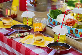 BBQ Table Settings And Decoration Ideas To Inspire You