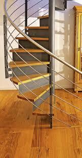 Insbesondere bei diesen haustreppen kommt es nicht. Materialmix An Der Treppe Haus Garten Badische Zeitung