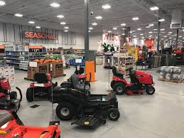 Fleet Farm Auto Center Fleet Farm Retail Merchandiser