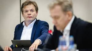 Pieter herman omtzigt (born january 8, 1974 in the hague) is a dutch politician. Dutch Pm Rutte Narrowly Survives No Confidence Vote Bbc News