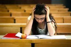 Экзамены без стресса Помощь студентам Для выпускников школ студентов начало лета и зимы знаменует собой тяжелую пору экзамены Закономерная проверка знаний оборачивается для детей тяжелыми
