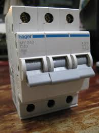 hager cahaya electric how to fix a breaker that keeps tripping at Hager Fuse Box