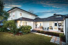 real estate agent Burwood