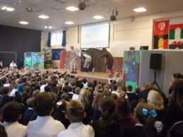 Molehill Primary Academy   Valley Park School Pantomime Molehill Primary Academy On Thursday  th December  Christmas came a little early to Molehill Primary Academy