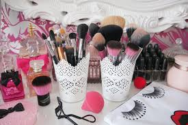 ikea socker plant pot with holder makeup is a mess well then take these creative organization makeup brush