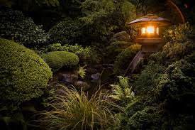 japanese garden lighting. yesterday i went on my fifth monthly photo outing to the japanese garden in portland oregon for more details about past visits and why am doing this lighting a