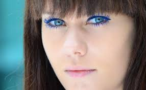 purple eyeliner make your blue eyes