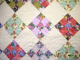 Looking for quality quilts call Quiltsamore today! Beautiful ... & machine quilted quilt Adamdwight.com