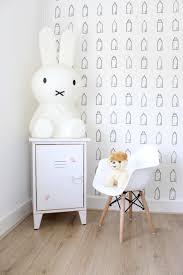 Eames Look A Like Kinderstoel Van A Great Little Kids Store In Onze