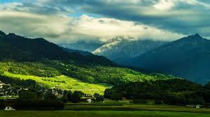 Beautiful Valley 4K Wallpaper [3840x2160]