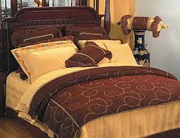 DoubleTree Hotel In Overland Park KSBiggest Bed Size In The World