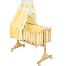 Furniture: Rocking Bassinet for Your Baby - Self Rocking Bassinet ...