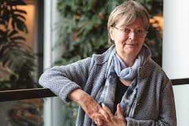 Nainen, ota kantaa – Liisa Jaakonsaari rohkaisee naisia ulkopolitiikan  ytimeen | Vihreä Lanka