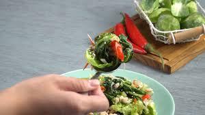 Dimana anda bisa memilih resep olahan kangkung sesuai yang anda inginkan, karena dalam kategori ini berisikan resep sayur dan tumis kangkung mulai dari yang sederhana sampai yang spesial atau istimewa. 4 Menu Tumisan Sedap Sederhana Dan Praktis Masak Apa Hari Ini