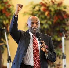 Pastor speaks out against police violence | The Star